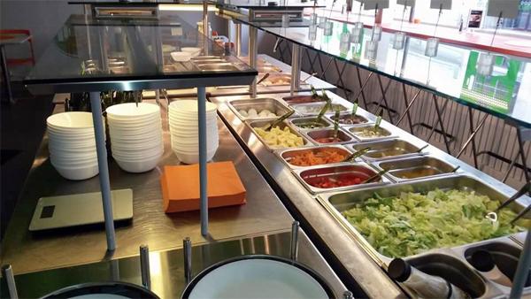 Makro-Buffet-og-Restaurant2