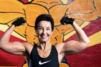 Wanja Sjødin (79) tar 60 pushups og 115 kilo i knebøy