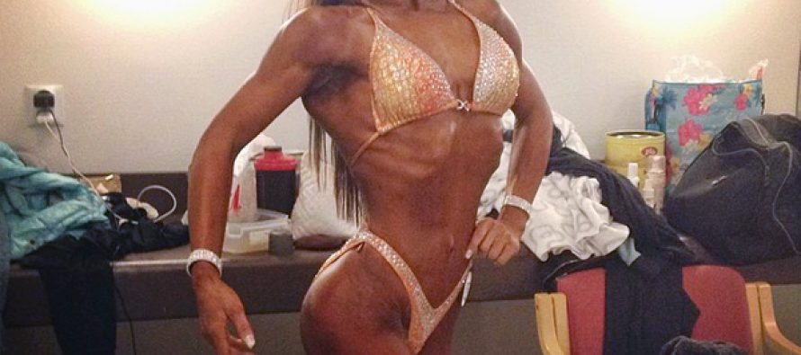 Jeanette Bache (WEB-TV)