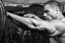 Bli sterk UTEN styrkeløft – er det mulig?