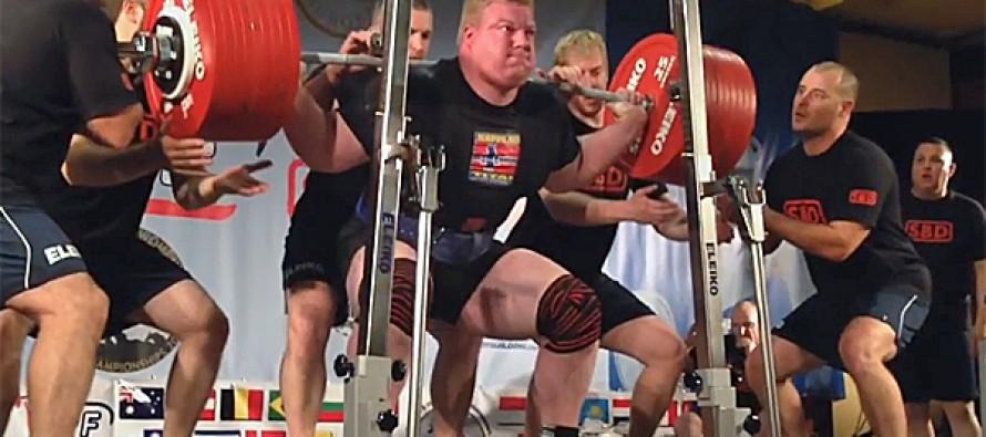 Styrkeløft: Christensen med tre gull og rekordras i VM