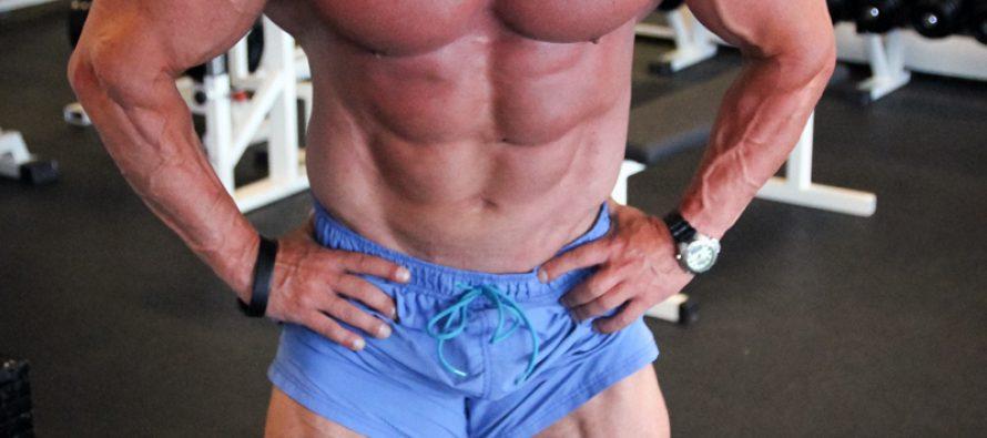 Mange kroppsbyggere trener for hardt!