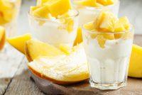 Oppskrift; Kokos-pannacotta med fruktbiter